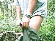 Nackt Wixen Im Wald
