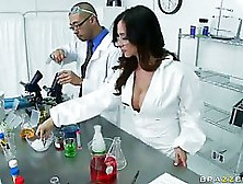 Beautiful Scientist Lady,  Ariella Ferrara Likes To Have A Steamy