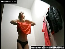 Spycam In Changing Room // Espiada En Probador