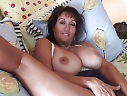 Dirty Minded Mature Woman With Hairy Pussy Is Very Busy Having F