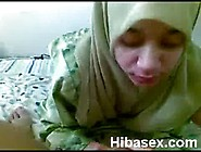 Malay Teen Muslim Wearing Hijab Blowjob Her Bf Video