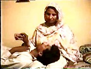 Old Pakistani Aunty Scandal