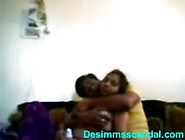 Deepti & Tinku Indian College Lovers Homemade Sex