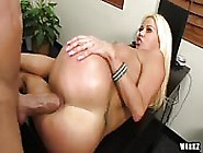 Good Sex In The Office