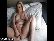 Cute Teen Orgasm & Squirting Homemade