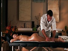 Masseur Oils Up His Client And Eats Her Pussy