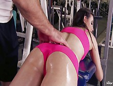 Sports Babe Is Having Sex With Coach