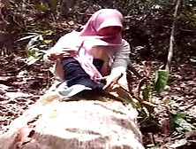 Malay Tudung Fucking In The Woods