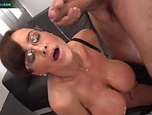 Milf Lisa Ann Gets Her Pussy Slammed