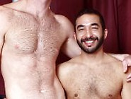 Hot Gay Porn With Two Horny Bears - Cole Streets And Mike Dreyde