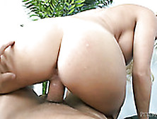Pawg Blonde Hoe With Massive Butt Rides Big Rod In Reverse Way