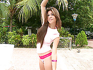 Long-Haired Brunette Claudia Gives A Blowjob To A Stranger