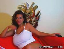 Una Bella Ragazza Latina Si Mostra Vogliosa In Cam