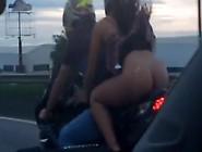 Baiana Flagrada Andando De Moto Sem Calcinha Nas Ruas De Bahia