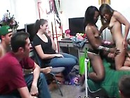 Girls Dyke Out At Dorm Room Party