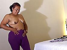 Alluring Hot Ass Carol Masturbating Using Toy In Close Up