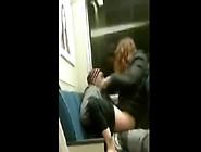 Menina Fodendo Com Mendingo No Metro