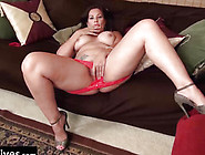 Curvy Wife From Usa In Red Pants Rubbing Clitoris