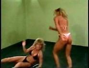 Catfight Triumph Biker Vs Fit Blonde Sexy Fight ?blondie Bee? Qu