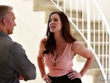 Mature Lady Kendra Lust With Big Boobs And A Perfect Body Seduce