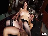 Scambisti Maturi - Cum On Tits Splurge After Brunette And Mature