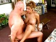 Thick Cock Dude Fucks Curvy Latina Outdoors