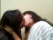 Girls Can't Stop Making Out
