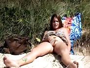 Siririca De Novinha Russa Na Praia