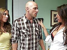 Pornstars Juelz Ventura And Kortney Kane Share Cock And Cum Kiss