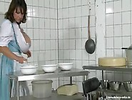 Milena Velba - Milking