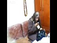ينيك طاطا قحبة في مكتبه و اسخن سكس جزائري مع الطاطة المترمة السخ