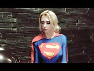 Superheroine Supergirl God Of War