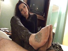 Dark Haired Hottie In Black Boots And Nylon Stockings Delivering