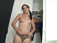 Brunette Teen Yarisa Duran Fucks Cock With Her Mouth