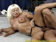 Muscle Mom In Action