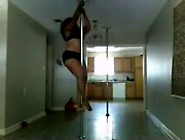 How A Full Figure Chick Work The Pole Just Amazing!