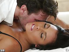 Free porn brianna beach debt wife