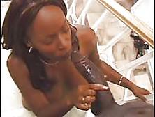 Un Mostruoso Randello Color Cioccolato Per Lorena,  Calda Milf Ne