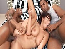 Veronica Vanoza Gets Banged In Interracial Threesome