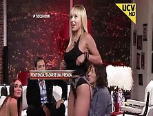 La Cilena Daniella Chavez Prende Parte A Toc Show