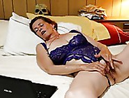 Mmm I Like The Way You Do That! Wife Masturbating Part 1