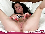 Milf Portia Plays With Herself