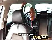 Sexo Com O Motorista De Táxi Por Dinheiro