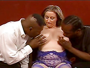 Kitty Lee The Mature Bbw Has An Interracial Threesome Sex