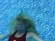 Aquafan: April & Maggie Drowning - Lifeguard