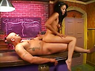 Gorgeous Black Teen Get That Tight Pussy Eaten And Fucked