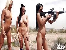 Culone Nude E Troie Mostrano Il Corpo Nudo E Perfetto Insieme