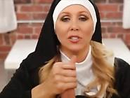 Unanständige Nonne Gibt Handjob