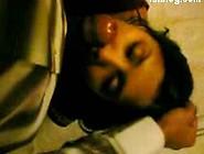 Desi College Girl Kissing Mms