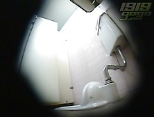 Hidden Japanese Toilet Masturbation 4